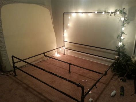 Iron-Pipe-Bed-Frame-Plans