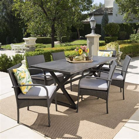 Irton 4 Piece Dining Set With Cushions