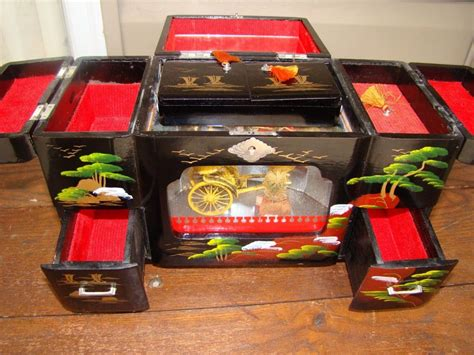 Japanese Jewelry Music Boxes For Sale