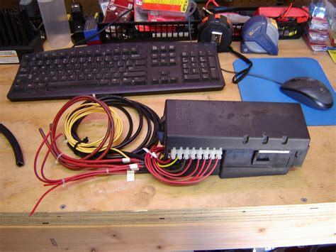Jeep-Diy-Under-Hood-Relay-Box
