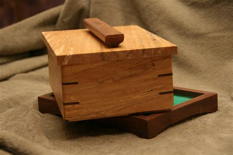 Jewelry-Box-With-Hidden-Compartment-Plans
