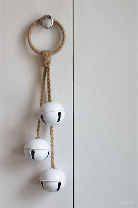 Jingle Bell Door Hanger Diy