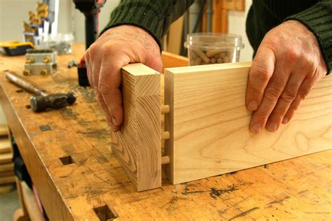 Joining Wooden Dowels