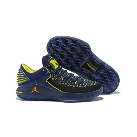 Jordan Men's Air xxxii Low PF, College Navy