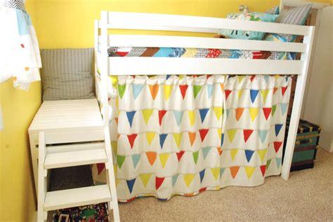 Jr-Loft-Bed-Curtains-Diy