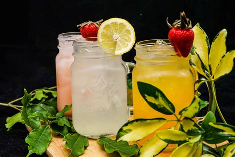 Juicing lettuce diet Image