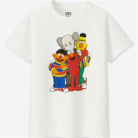 28a23a85 Best Price Kaws X Sesame Street Graphic T-Shirts Uniqlo Us ™