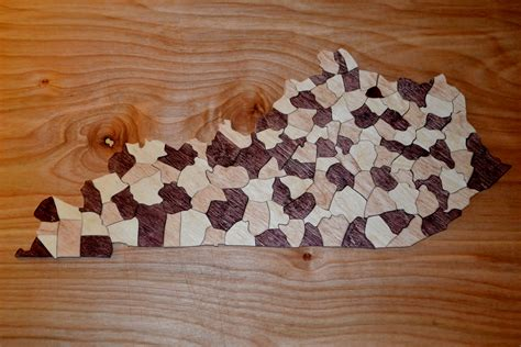 Kentucky-Wooden-Map-Projects