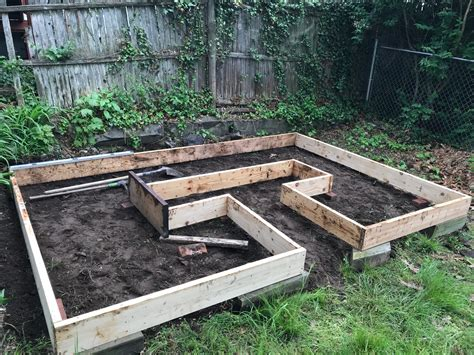 Keyhole Raised Garden Bed Plans
