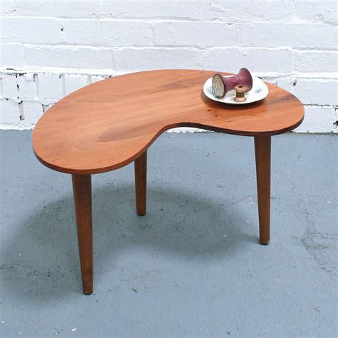 Kidney-Shaped-Table-Diy