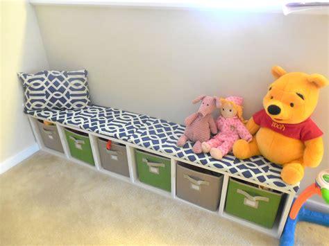 Kids-Storage-Bench-Diy