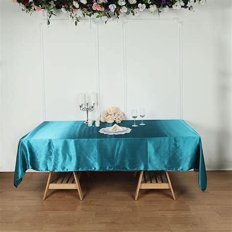 Kitchen Table With Table Cloth Drawing Stands