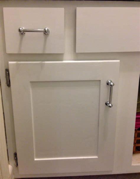 Kitchen-Cabinet-Doors-Diy-To-Shaker-Style