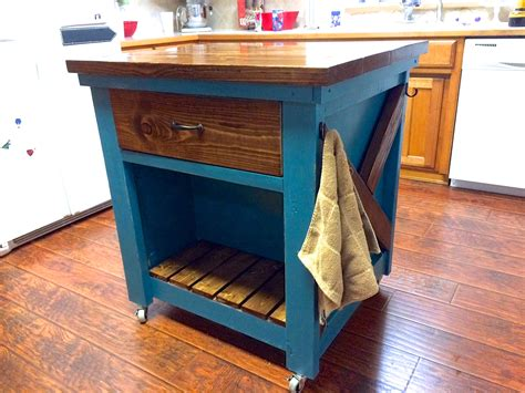 Kitchen-Island-With-Trash-Bin-Diy