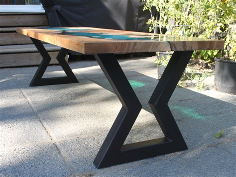 Kitchen-Table-Metal-Legs-Diy