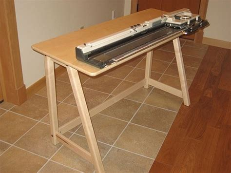 Knitting-Machine-Table-Plans