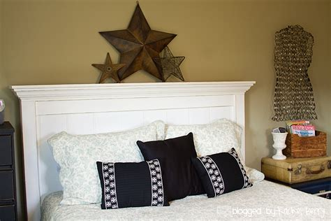Knock-Off-Wood-Farmhouse-Bed