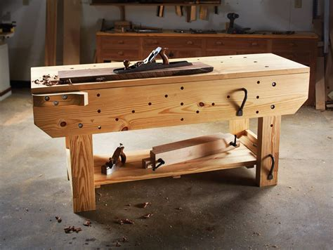 Knockdown-Woodworking-Bench