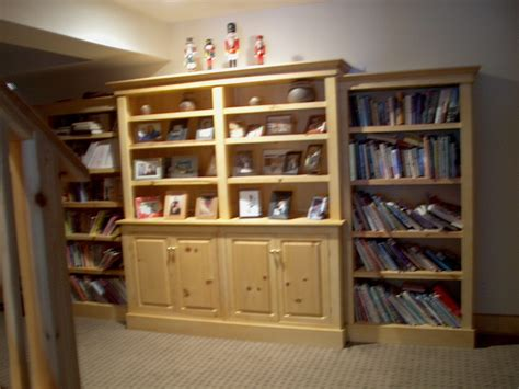 Knotty-Pine-Bookcase-Plans
