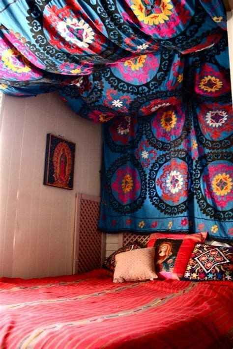 L�va Bed Canopy Diy Cubicle Ceiling