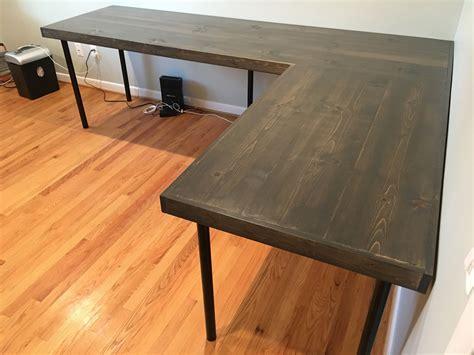 L-Shaped-Desk-For-2-Diy