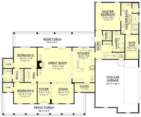 L-Shaped-Farmhouse-Floor-Plans