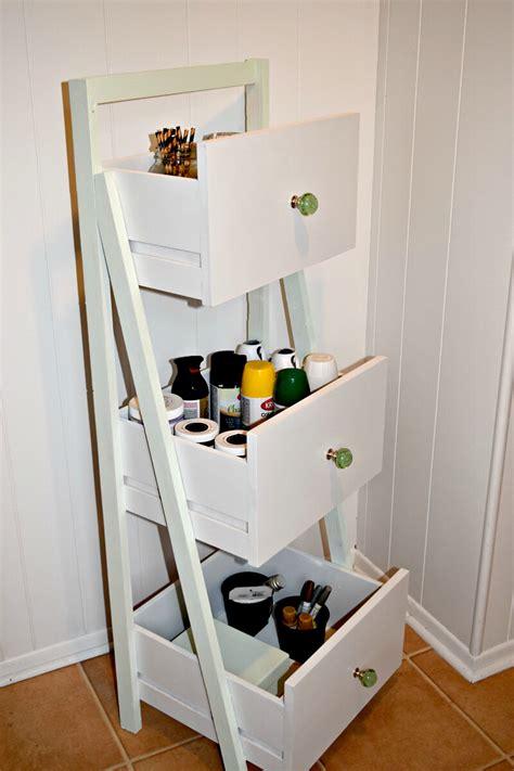 Ladder-Shelf-With-Drawer-Diy