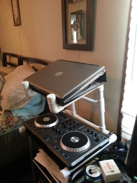 Laptop Stand Dj Diy