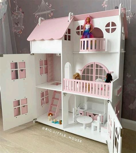 Large Doll House Design