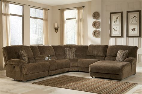 Large Reclining Sectional With Chaise