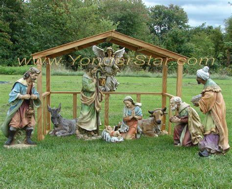 Large-Outdoor-Wooden-Nativity-Scenes