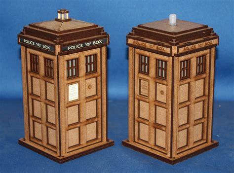 Laser-Cut-Tardis-Box-Plans