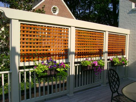Lattice Privacy Screens For Decks