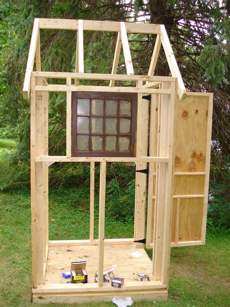 Lawn-Tool-Shed-Plans