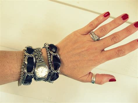 Leather-And-Chain-Bracelet-Diy