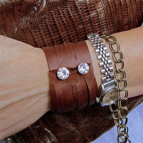 Leather-Cuff-Bracelet-Diy