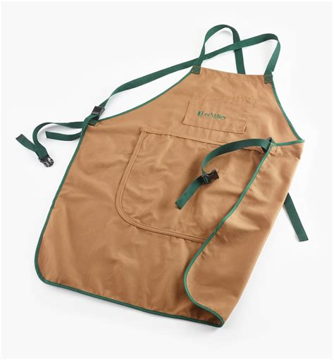Lee-Valley-Woodworking-Apron