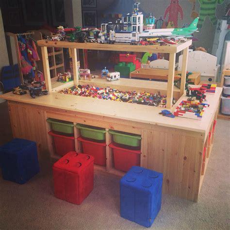 Lego-Play-Table-Build-Plans