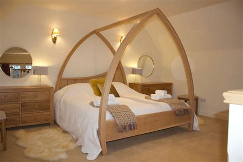 Light Wood Four Poster Beds