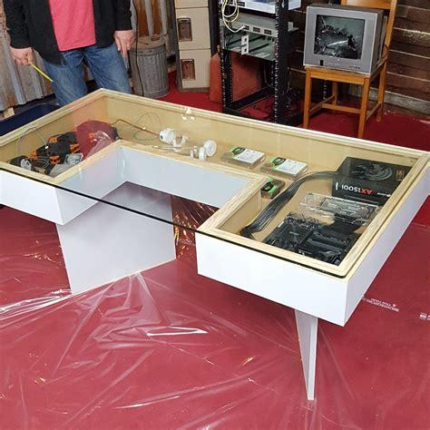 Linustechtips-Diy-Desk