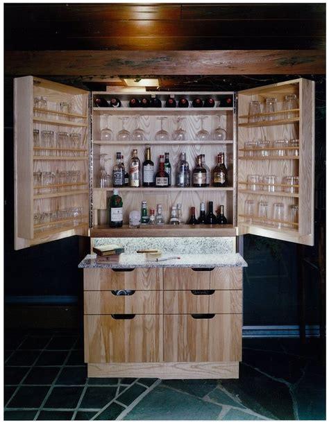 Liquor-Locker-Wood-Making-Plans