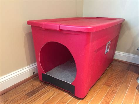 Litter-Box-Enclosure-Diy