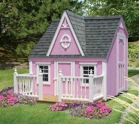 Little-Girl-Playhouse-With-Play-Yard-Plans