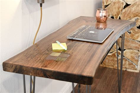 Live-Edge-Desk-Diy