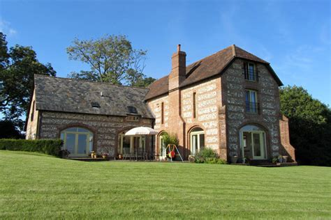 Lodge-Farmhouse-Bed-And-Breakfast-Salisbury