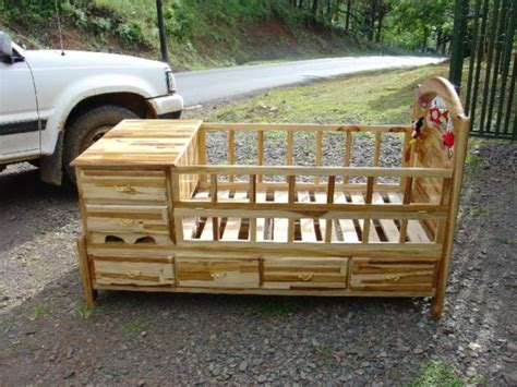 Log-Baby-Bed-Plans