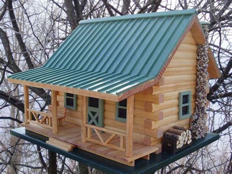 Log-Cabin-Bird-House-Plans