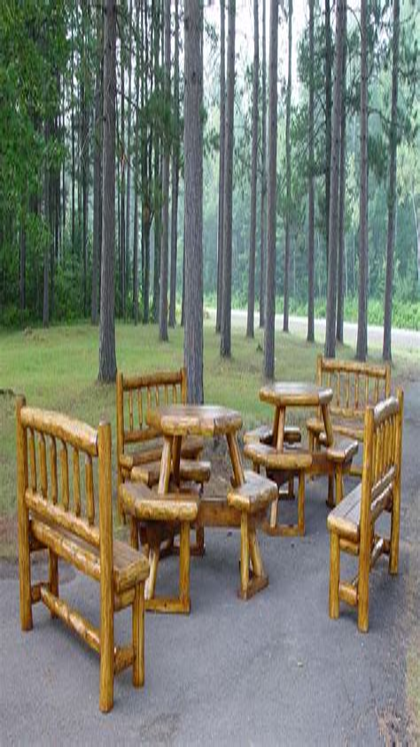 Log-Patio-Furniture-Plans