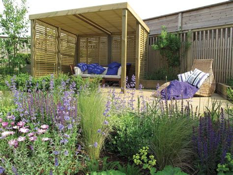 Louvered fence.aspx Image