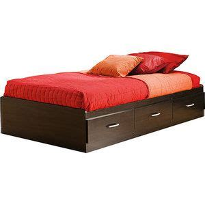Lowes-Diy-Platform-Bed-Twin